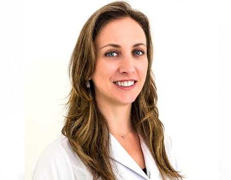 Dra. Mariana Faucz Munhoz da Cunha