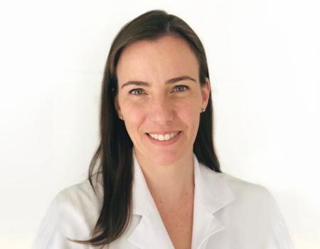 Dra. Claudia Perego Fernandes